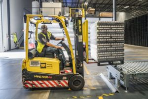CAREER BENEFITS OF SUPPLY CHAIN MANAGEMENT PROGRAMS